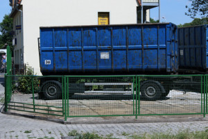 FelixLiebig Fotospaziergang Löbtau-Cotta Containerhilfe